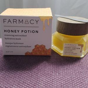 Other - 🆕️Farmacy Beauty Honey Potion Hydration Face Mask